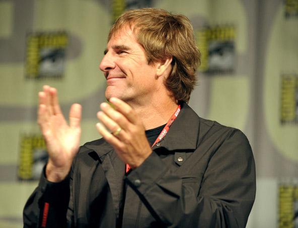 Скотт Бакула (Квантовый Скачок) на Comic-Con 2010