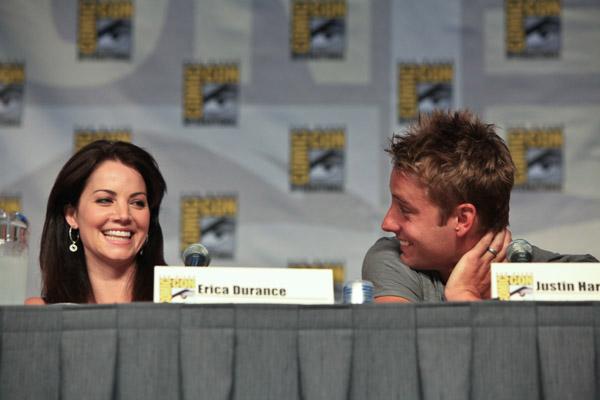 Эрика Дьюренс и Джастин Хартли на Comic-Con 2010