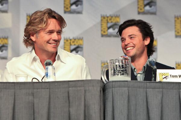 Джон Шнайдер и Том Веллинг на Comic-Con 2010