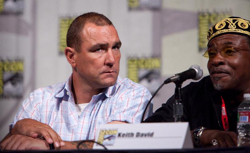 The Cape: Винни Джонс, Кит Дэвид на Comic-Con 2010