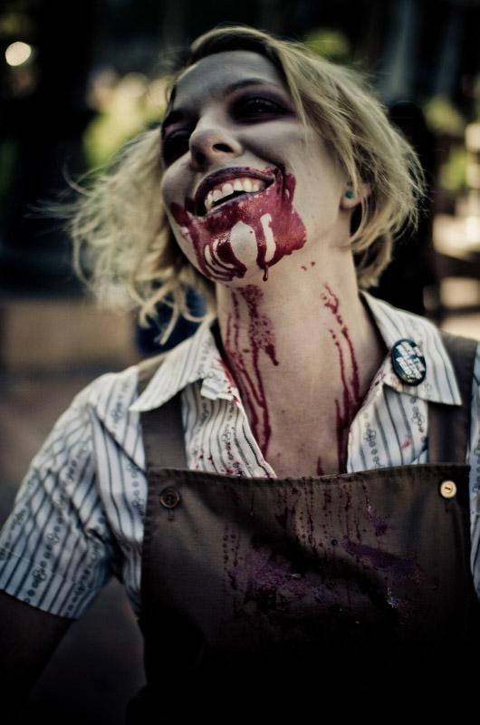 Кровожадная зомби на Comic-Con 2010