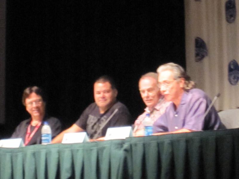 Ричард Хэтч, Аарон Дуглас, Дин Стоквелл, Эдвард Джеймс Олмос на Dragon-Con 2010