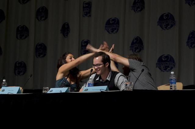 Эрика Серра, Нейл Грейстон, Колин Фергесон на Dragon-Con 2010