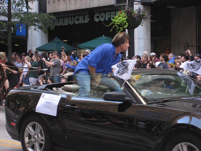 Кевин Сорбо на параде Dragon-Con 2010