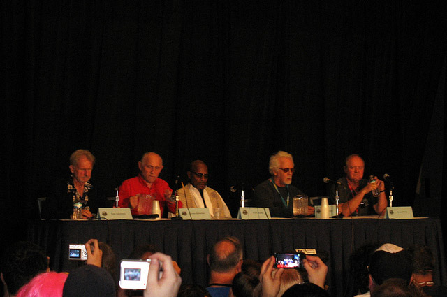 Рене Обержонуа, Армин Шимерман, Эвери Брукс, Дж. Дж. Херцлер, Роберт О'Рейлли на Dragon-Con 2010