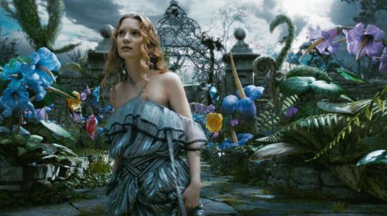 Алиса в саду