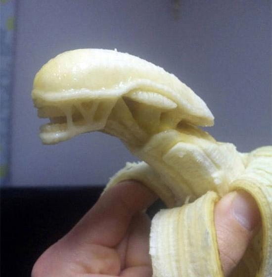 Банановый Чужой