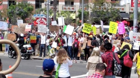 Баптисты протестуют