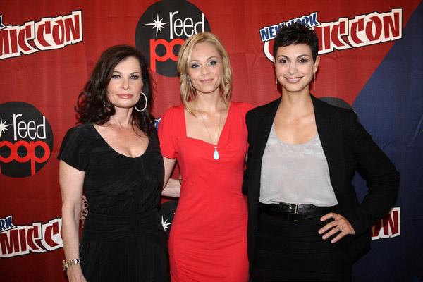 Джейн Бэдлер, Лора Вандервурт и Морена Баккарин на New York Comic-Con 2010