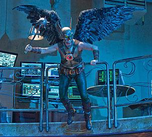 Майкл Шэнкс в роли Hawkman