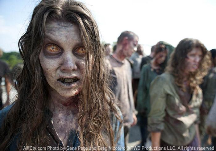 Фотография из 2 сезона Ходячих Мертвецов