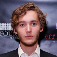 http://scifi-tv.ru/images/people/toby_regbo/Toby_Regbo_photo.jpg