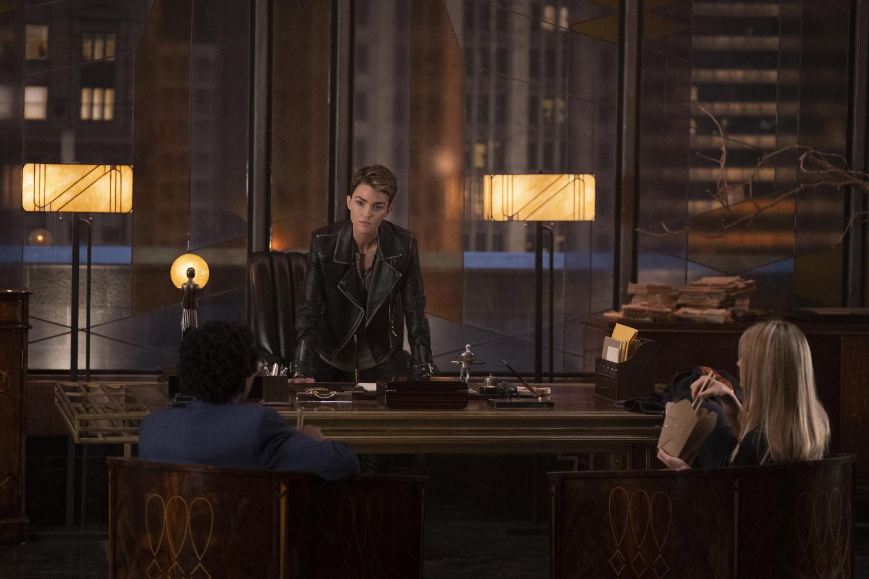 "Бэтвумен ""Tell Me the Truth"" - 7 серия 1 сезона"