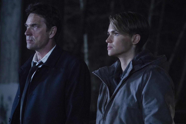"Бэтвумен ""Through the Looking-Glass"" - 16 серия 1 сезона"