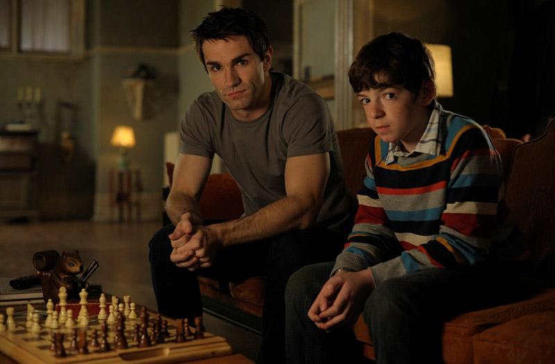 Children Shouldn't Play with Undead Things - 8 серия Быть Человеком (США)