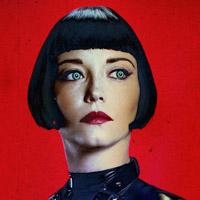 Марама Корлетт в сериале Кровавая Гонка - официальное фото