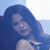 Мелони Диаз в сериале Зачарованные - официальное фото