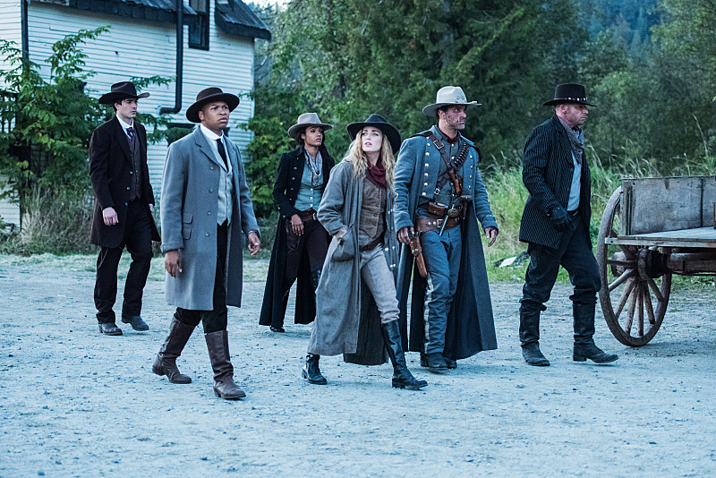 """Легенды Завтрашнего Дня """"Outlaw Country"""" - 6 серия 2 сезона"""