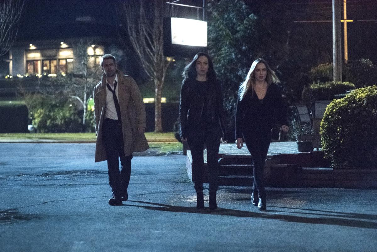"Легенды Завтрашнего Дня ""The Eggplant, The Witch & The Wardrobe"" - 12 серия 4 сезона"