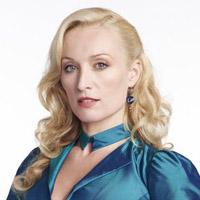 Виктория Смарфит в сериале Дракула - официальное фото
