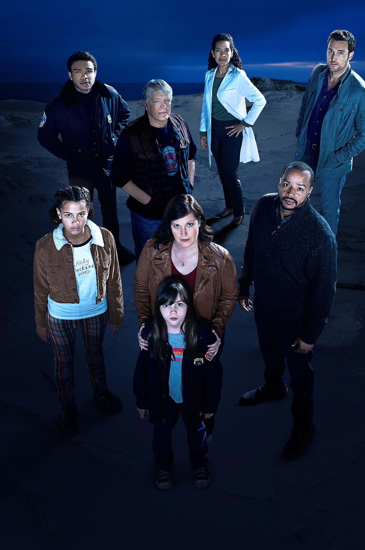Постер для 1 сезона сериала Emergence