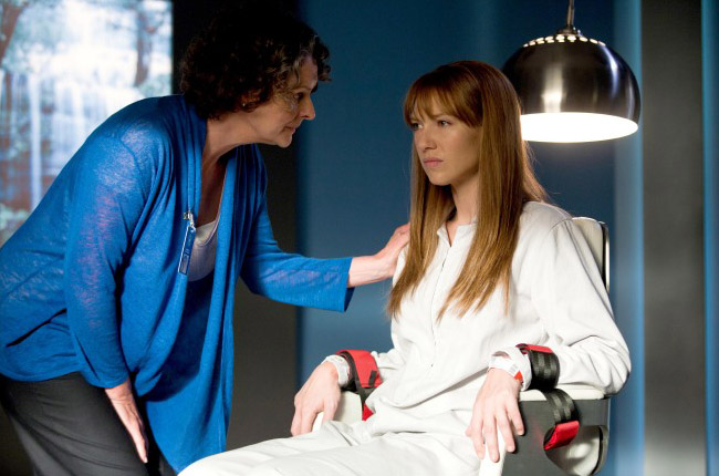 Olivia - 1 серия 3 сезона За Гранью