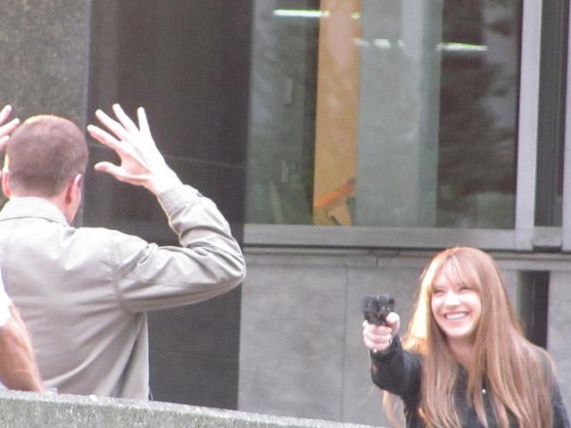 Майкл Экланд и Анна Торв на съемках За Гранью