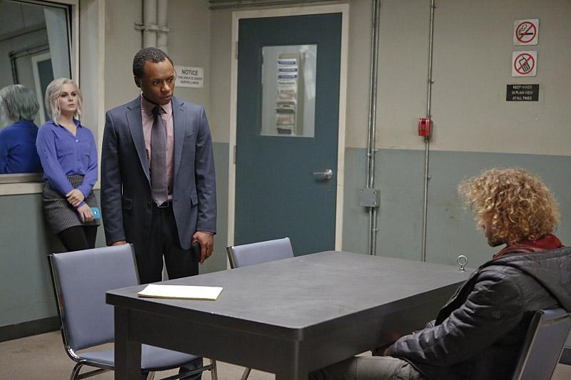 "Я - Зомби ""Physician, Heal Thy Selfie"" - 12 серия 2 сезона"