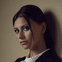 Эли Мичалка в сериале Я - Зомби - официальное фото