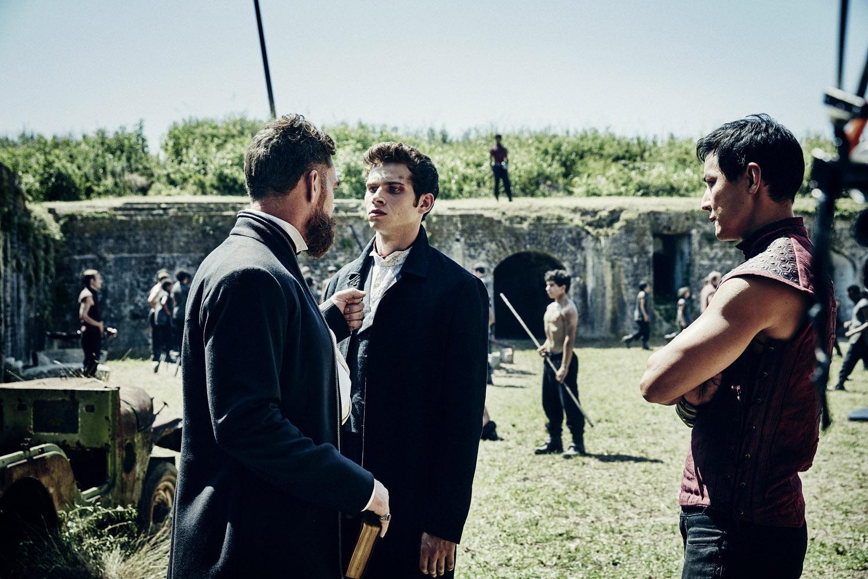 """В Пустыне Смерти """"The Fort"""" - 1 серия 1 сезона"""