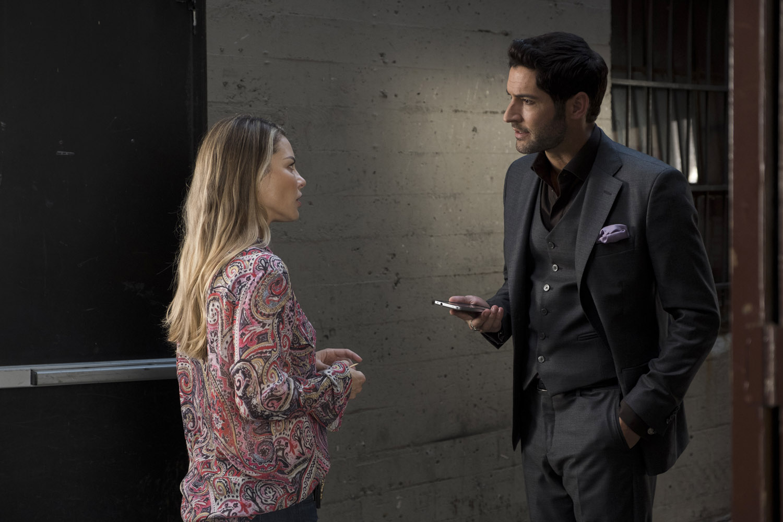 "Люцифер ""Welcome Back, Charlotte Richards"" - 5 серия 3 сезона"