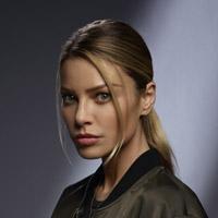 Лорен Джерман в сериале Люцифер - официальное фото