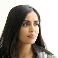 Парвин Каур в сериале Манифест - официальное фото