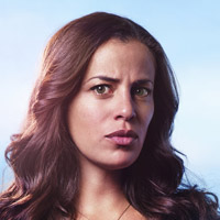 Афина Карканис в сериале Манифест - официальное фото