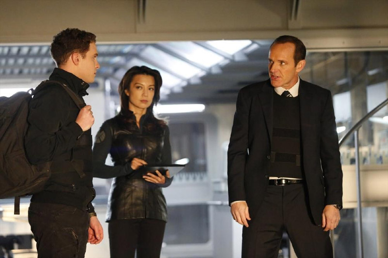 "Агенты Щ.И.Т. ""T.A.H.I.T.I."" - 14 серия 1 сезона"