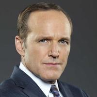 Кларк Грегг в сериале Агенты Щ.И.Т. - официальное фото