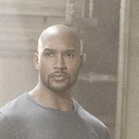 Генри Симмонс в сериале Агенты Щ.И.Т. - официальное фото