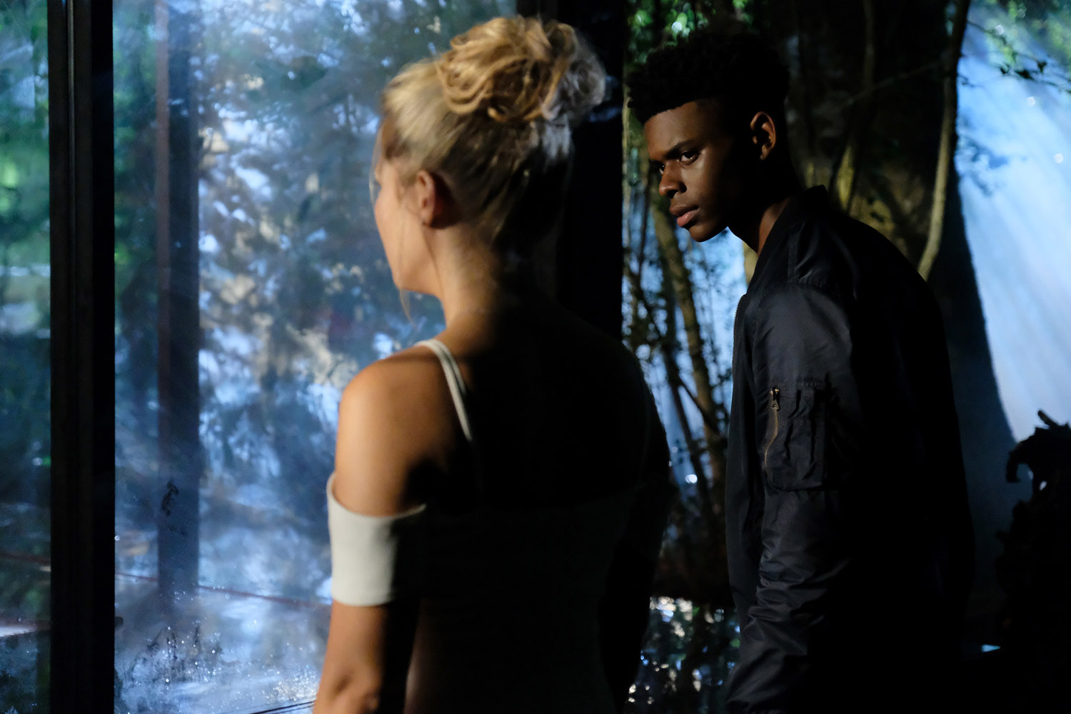 "Marvel's Cloak and Dagger ""Stained Glass"" - 3 серия 1 сезона"