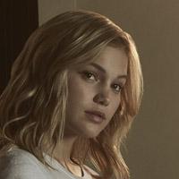 Оливия Холт в сериале Плащ и Кинжал - официальное фото
