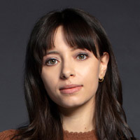 Лиззи Каппуччино в сериале Некст - официальное фото