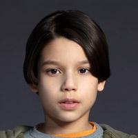 Эван Уиттен в сериале Некст - официальное фото