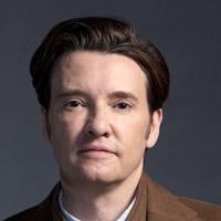 Джейсон Батлер Харнер в сериале Некст - официальное фото