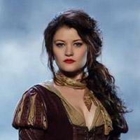Эмили де Равин в сериале Однажды - официальное фото