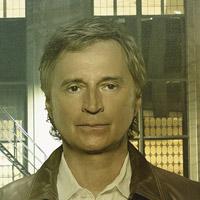 Роберт Карлайл в сериале Однажды - официальное фото