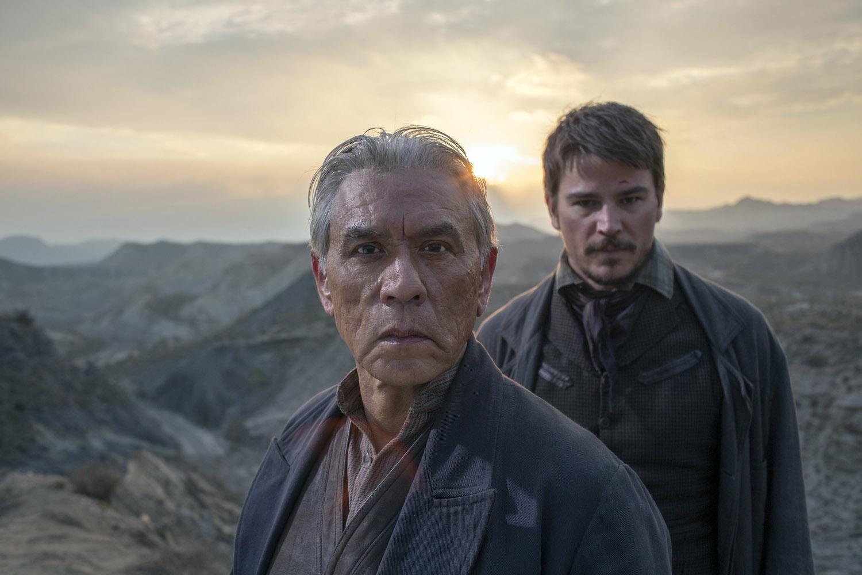 """Бульварные Ужасы """"Predators Far and Near"""" - 2 серия 3 сезона"""