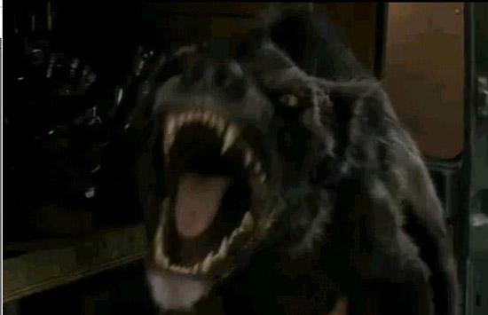 Гиенодон в 6 серии 4 сезона Первобытного