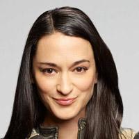 Сара Томко в сериале Засланец из Космоса - официальное фото