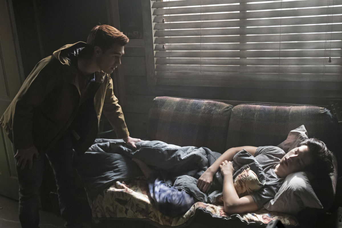 "Ривердейл ""Chapter Twelve: Anatomy of a Murder"" - 12 серия 1 сезона"