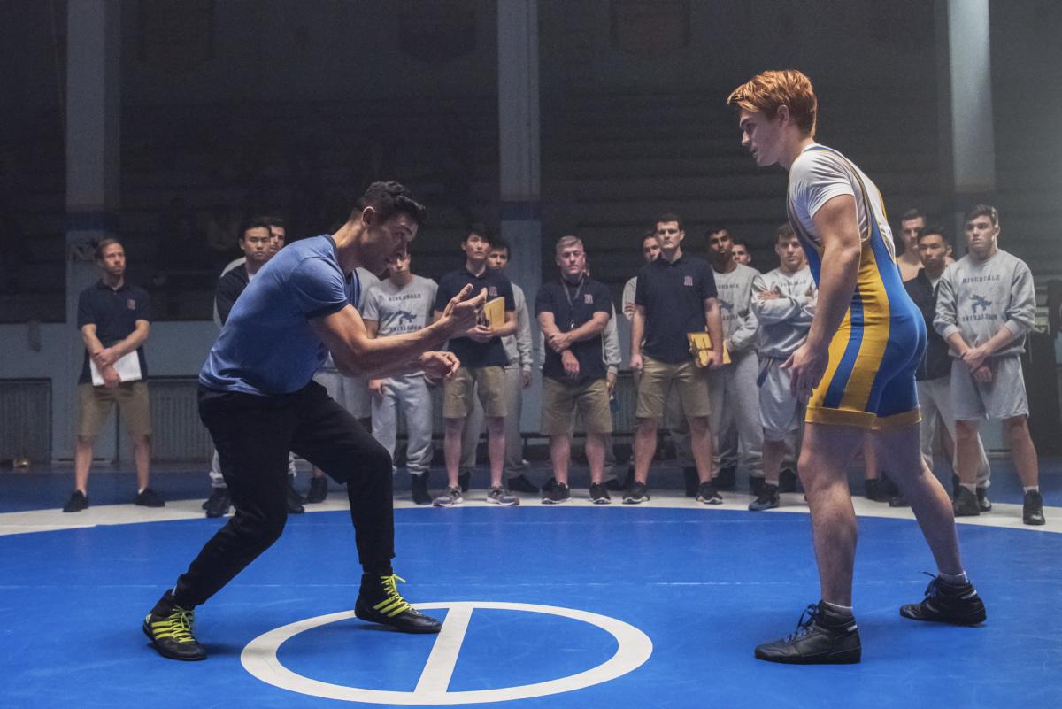 """Ривердейл """"Chapter Twenty-Four: The Wrestler"""" - 11 серия 2 сезона"""