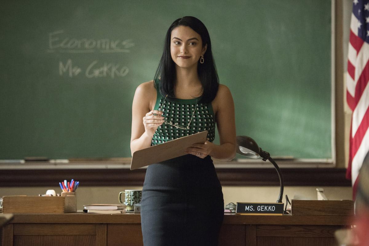 "Ривердейл ""Chapter Eighty-Two: Back to School"" - 6 серия 5 сезона"